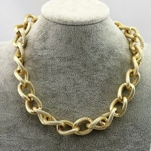 Medium link brushed gold chain necklace